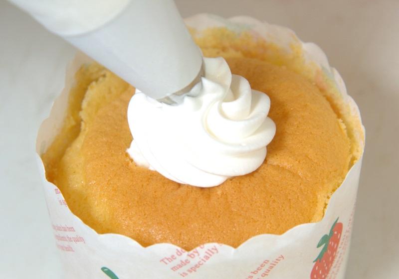 圣诞杯子蛋糕 | 新手也会做的超可爱派对点心!