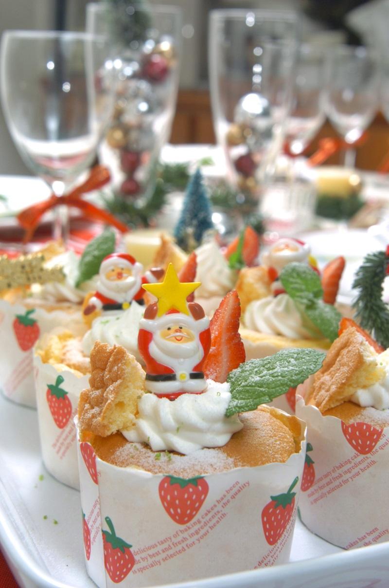 圣诞杯子蛋糕 | 新手也会做的超可爱派对