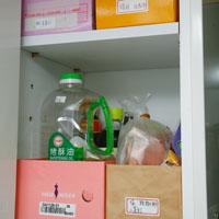 储物柜收纳!正确分区让厨房零乱小物排排站