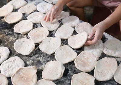 中元普渡献饼敬神!质朴老味道 ▪ 新竹人水润饼