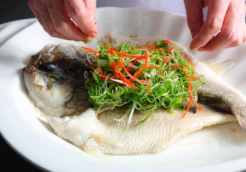 吃鱼有余!年节鱼料理的清蒸、油炸两招学起来