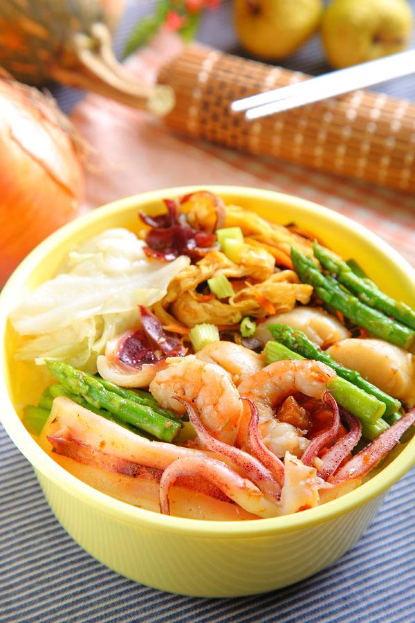 干贝酱炒海鲜芦笋