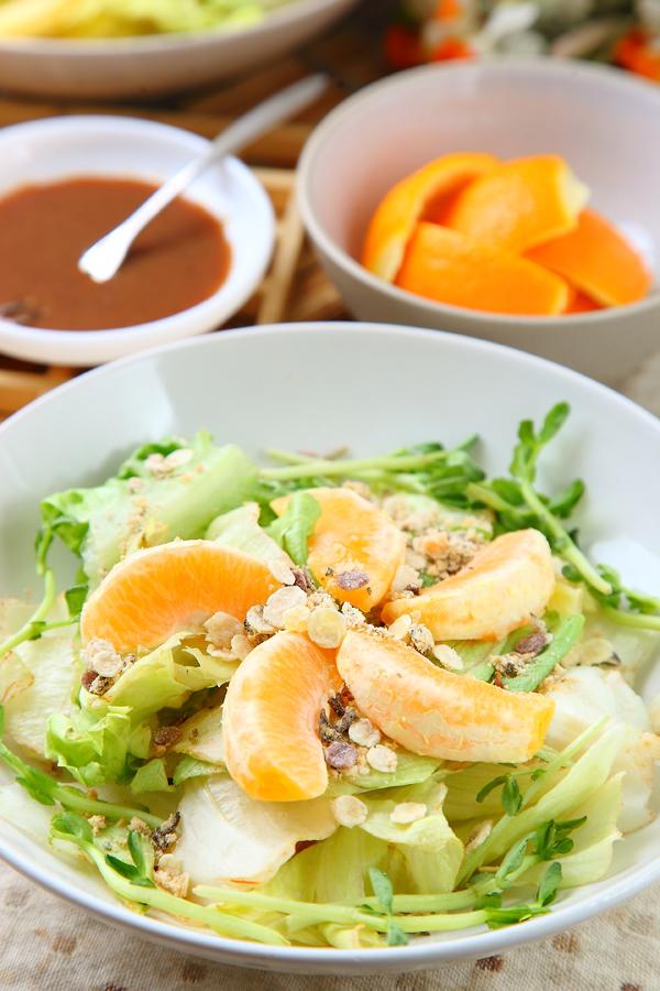 谷片香橙沙拉