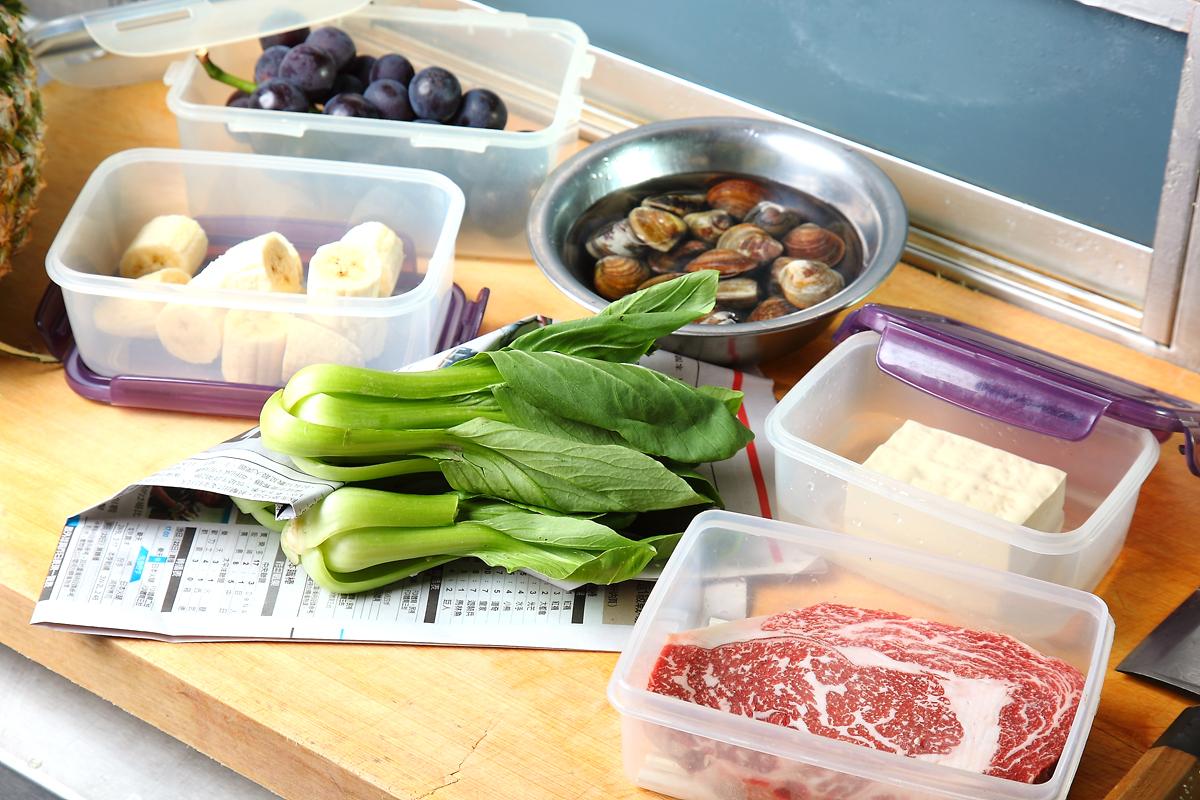 夏天食材要保鲜~放进冰箱前先这幺做!