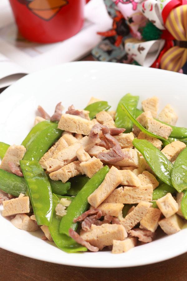 扁豆炒冻豆腐