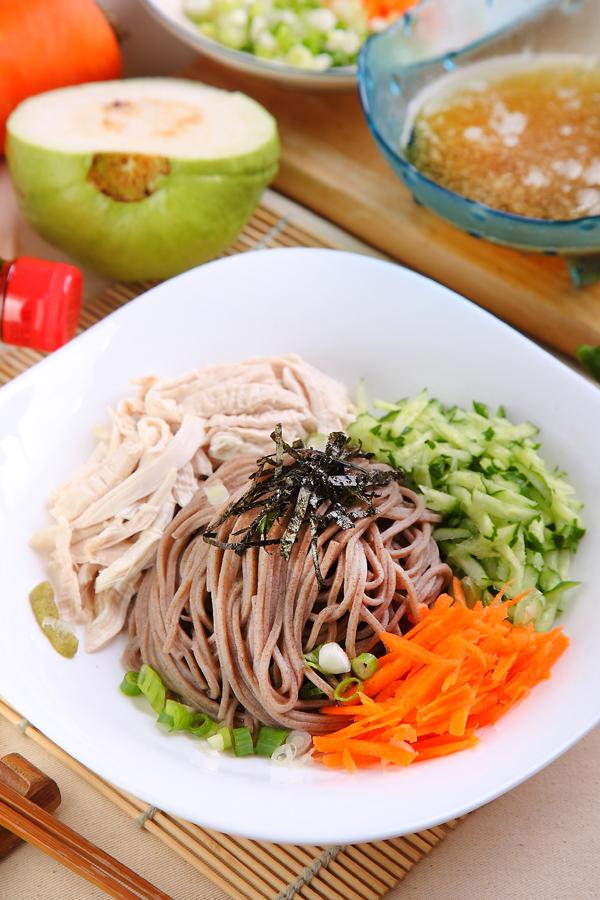 低GI料理   日式荞麦鸡肉冷面