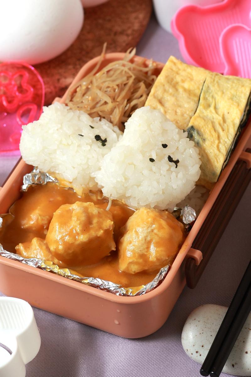 日式咖哩鸡肉丸子