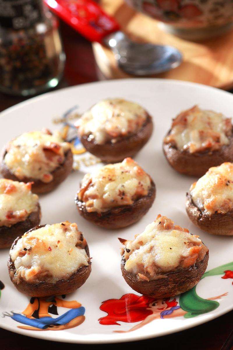 焗烤黑胡椒鲔鱼蘑菇