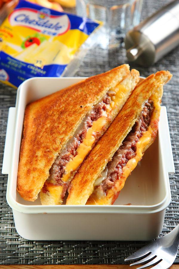美式起司三明治