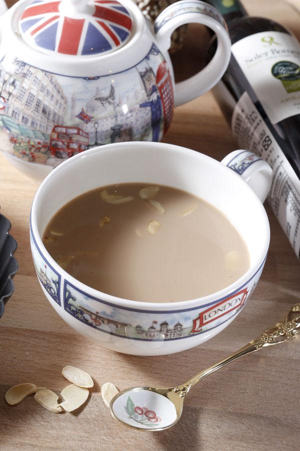 杏仁烤奶茶