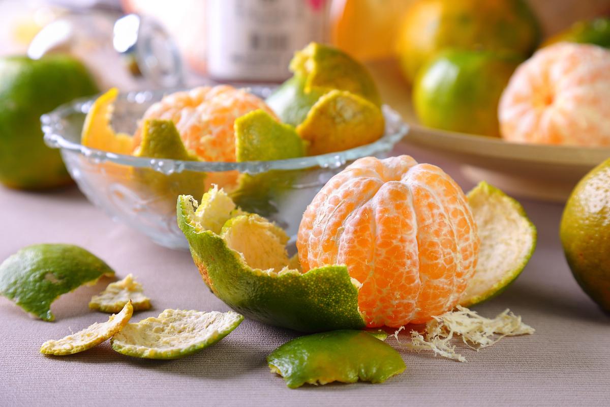 橘子皮丢了太可惜!它还有很多你想不到的用途...