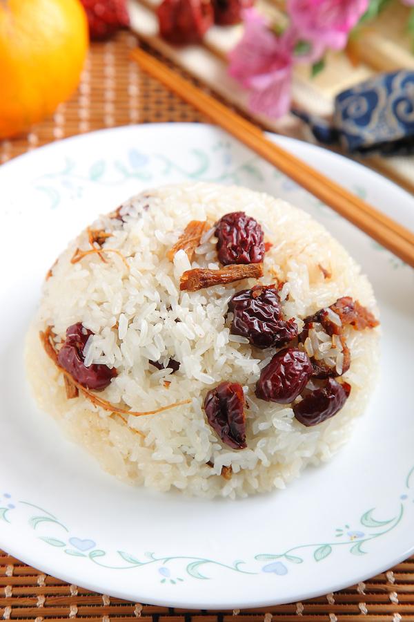 参须红枣糯米饭