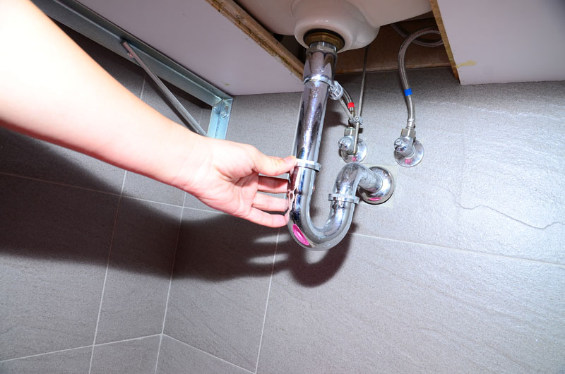 厨房水管不再臭!4款天然清洁剂好好用