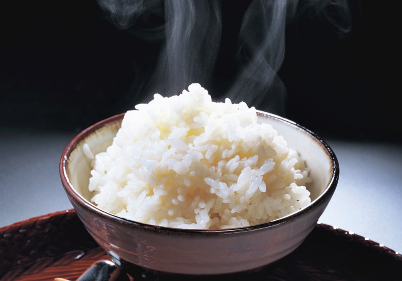 煮出好吃白米飯,內鍋的水要蓋過手?