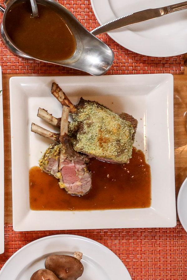 巴西里蒜烤小羊排佐法式羊肉酱
